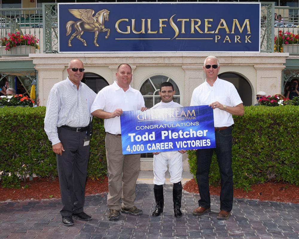 Todd-Pletcher-4000th-win-credit-Leslie-martin1