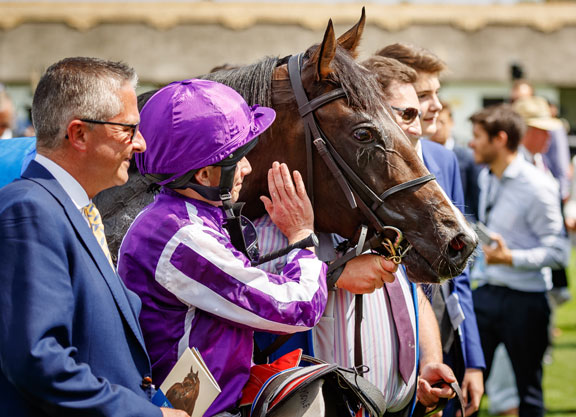 July Cup: US Navy Flag beats Brando to win at Newmarket