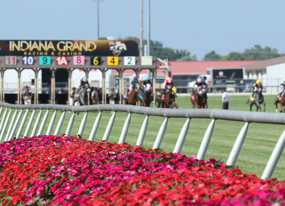 Indiana Grand Cancels Tuesday's Card After Two Races