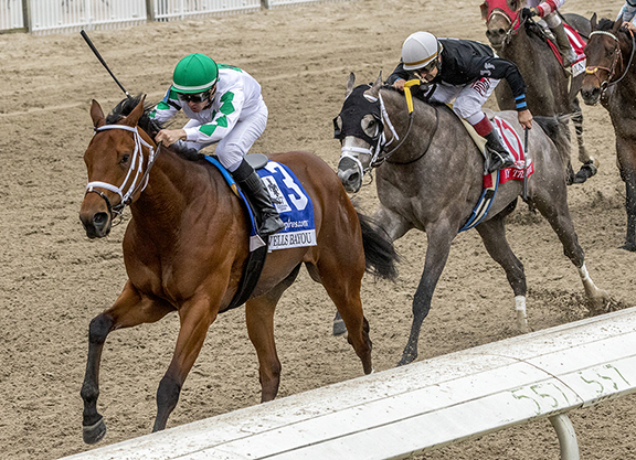 Lookin At Lucky Colt Wires LA Derby
