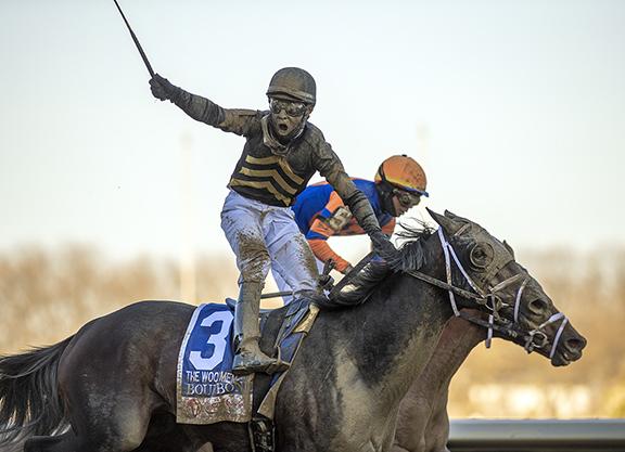 Bourbonic Gets Class Relief in West Virginia Derby